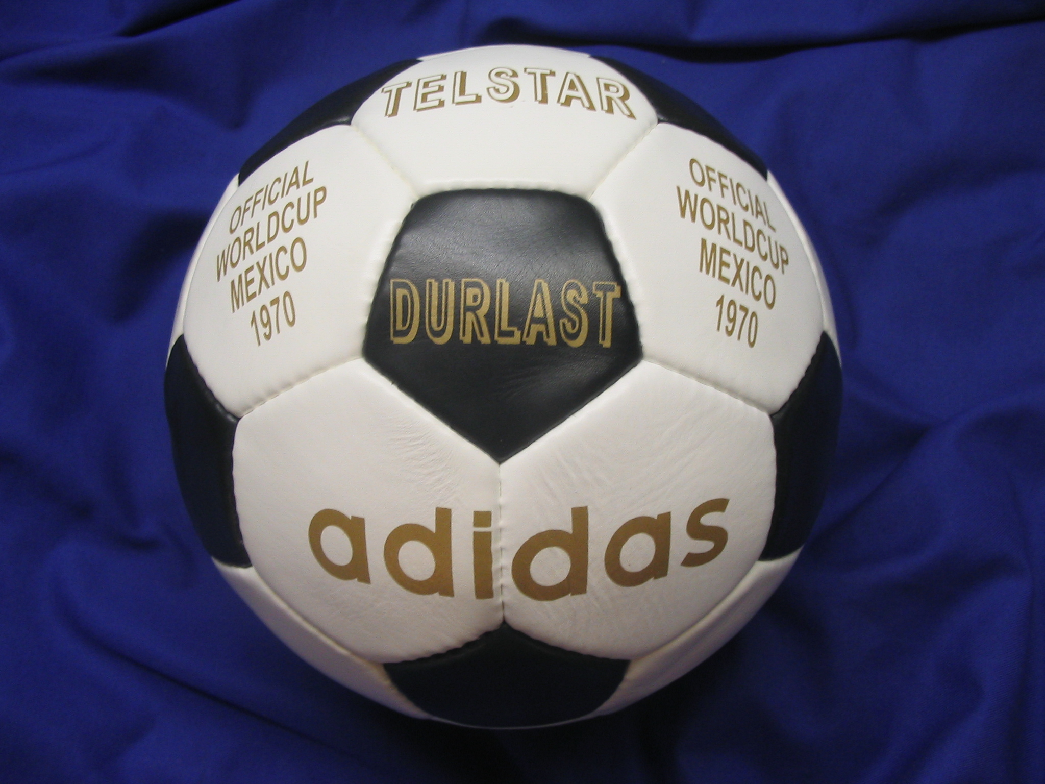 super popular 79c15 87316 Made in France match ball FIFA World Cup 1970 Mexico Adidas Telstar ...