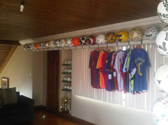 Jose Eduardo Suarez Samaniego (Ecuador) soccer ball football collection part-2