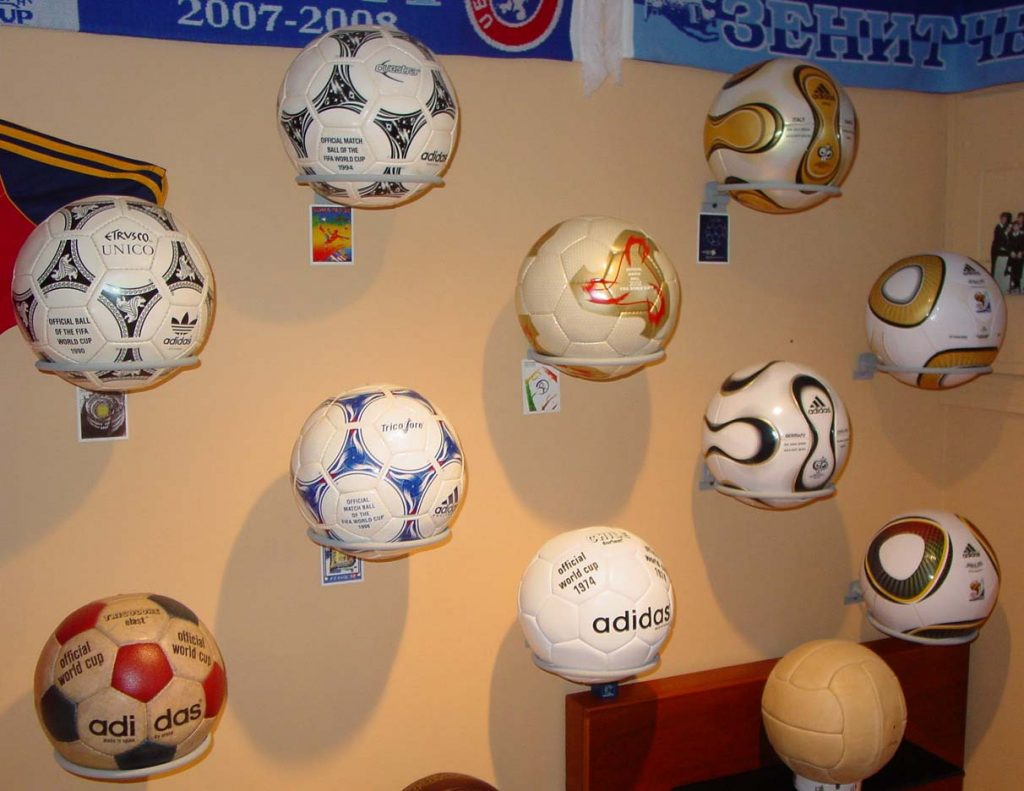 Joseph Fishman (USA) soccer ball football collection part-2