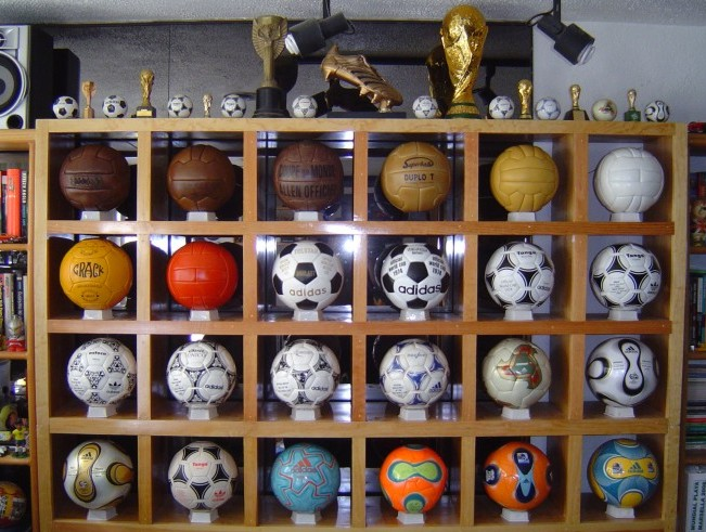 Ramon Raya (Mexico) soccer ball football collection