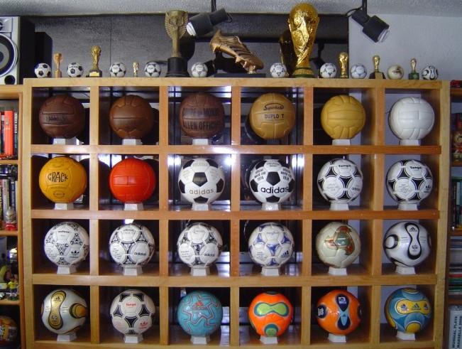 Ramon Raya (Mexico) soccer ball football collection
