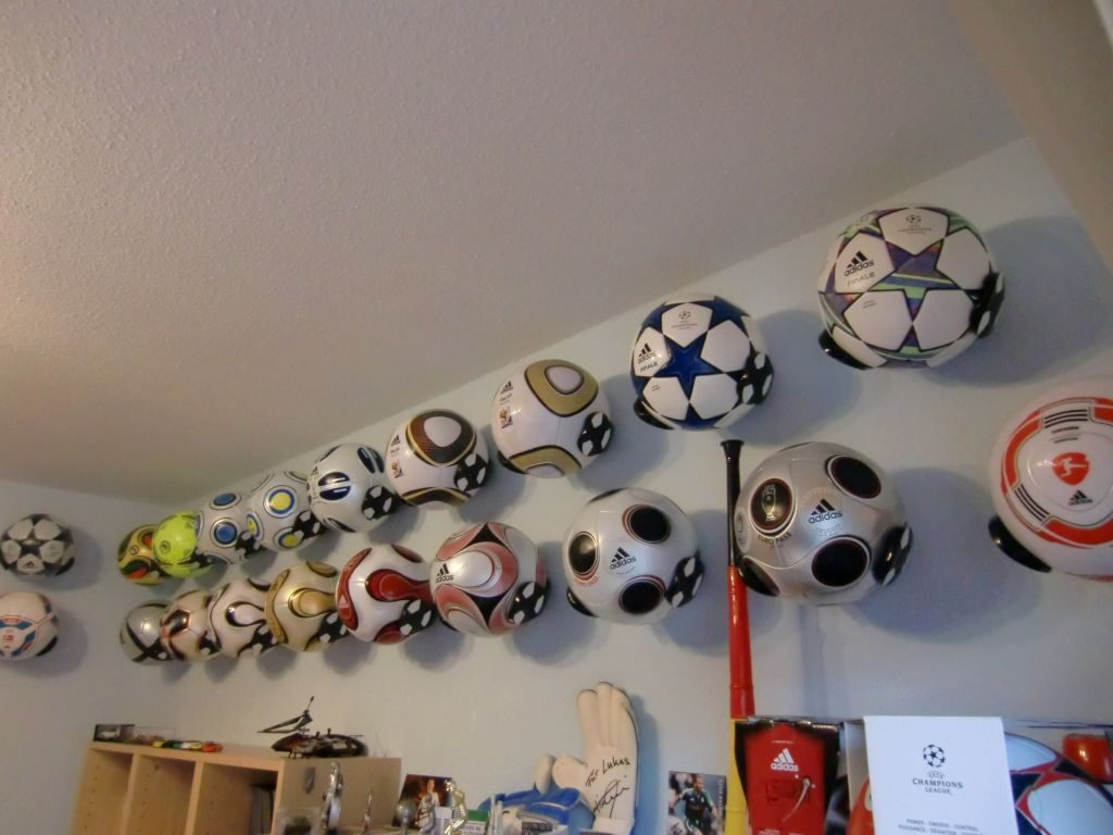 Thomas Scheinert (Germany) soccer ball football collection