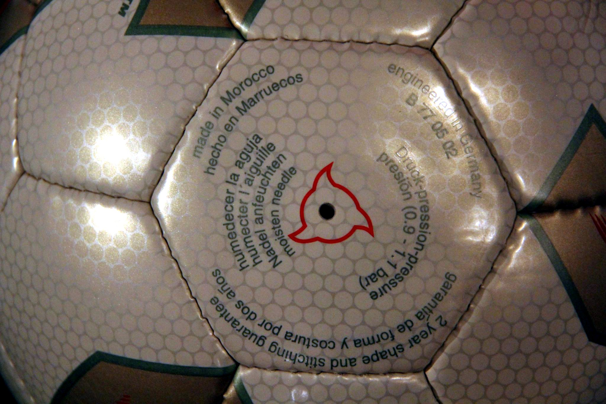 Fevernova w//o BOX Adidas 2002 FIFA World Cup Official match ball Football Soccer