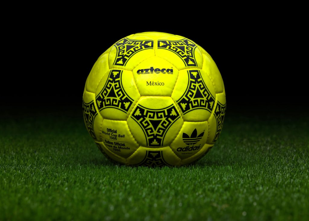 made-in-france-match-ball-fifa-world-cup-1986-mexico-adidas-azteca-yellow