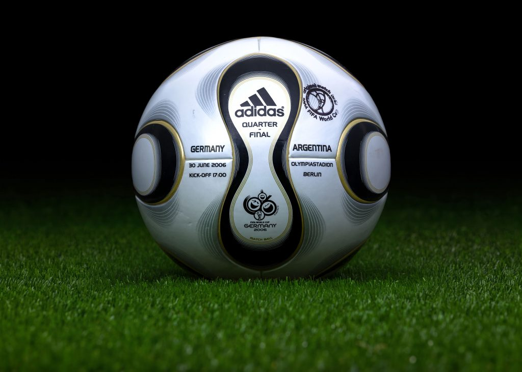made-in-thailand-match-ball-game-used-fifa-world-cup-2006-germany-adidas-teamgeist-germany-argentina-2