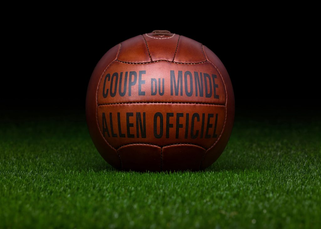 pre-adidas-world-cup-match-ball-reproduction-fifa-world-cup-1938-france-allen
