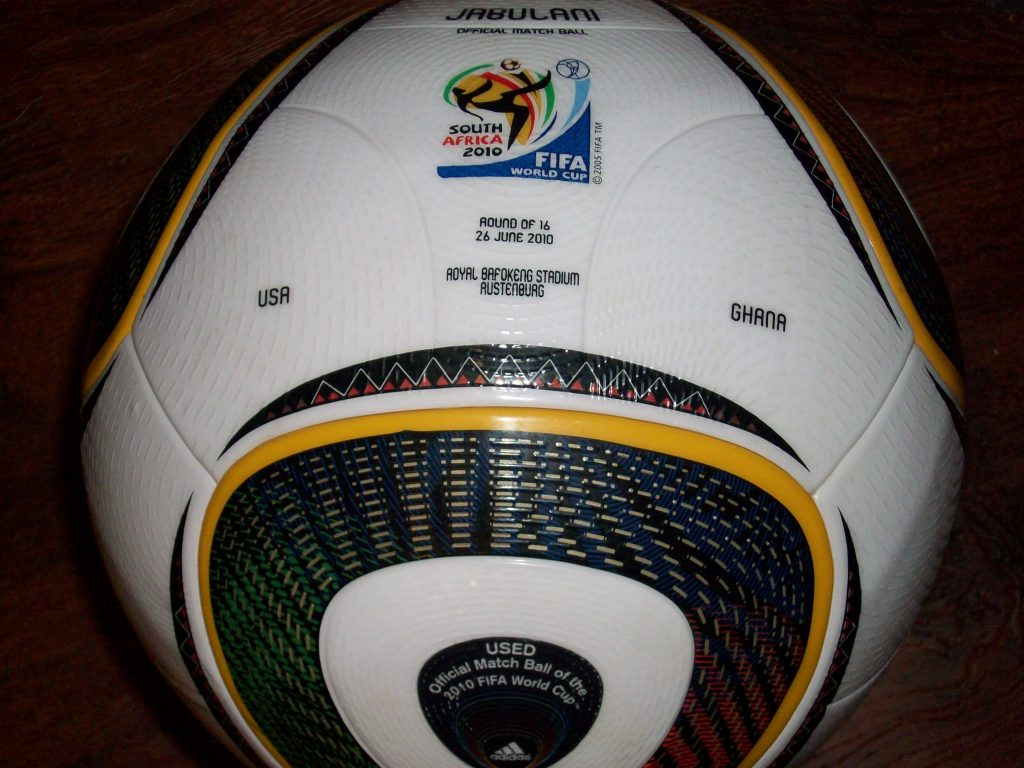 2010wcball2